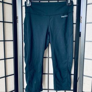 Marmot black Cropped leggings Sz XS